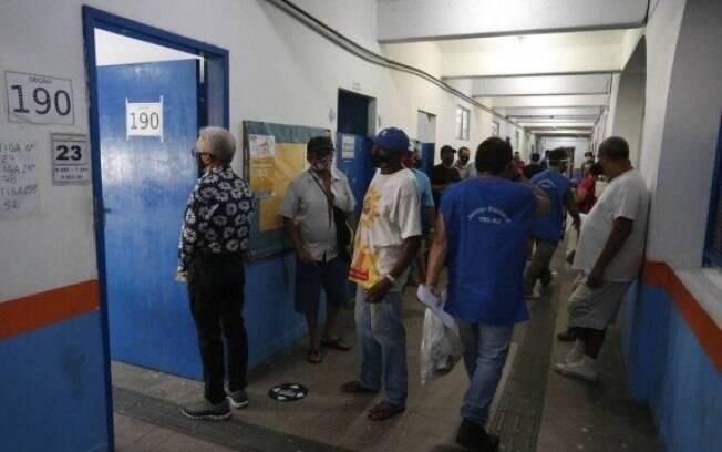 No Rio, votação no CIEP Ayrton Senna, na Rocinha
