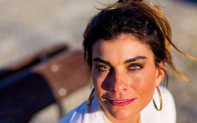 Joana Balaguer, ex Malhação, critica