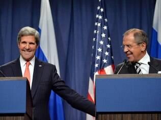 Secretário de Estado norte-americano, John Kerry, anunciou acordo depois de três dias de discussões com o ministro das Relações Exteriores da Rússia, Sergei Lavrov