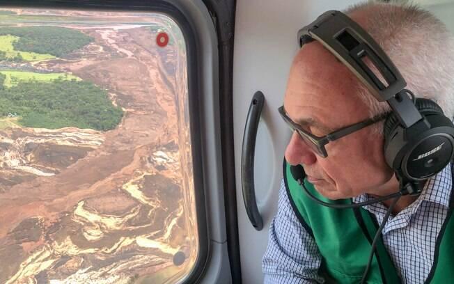 O Diretor-Presidente da Vale, Fabio Schvartsman, sobrevoa Brumadinho após rompimento de barragem em 25 de janeiro