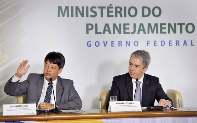 George Soares (direita), secretário do Orçamento Federal, ligou deficit da Seguridade Social aos gastos com a Previdência