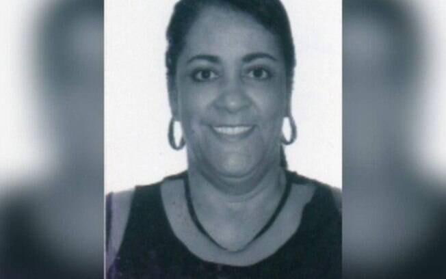 Advogada Regina Célia Sequeira se alcunha de Capitã Cloroquina e concorre às eleições do Rio