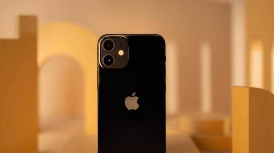Apple ocupa as quatro primeiras posições entre os celulares mais vendidos no mundo