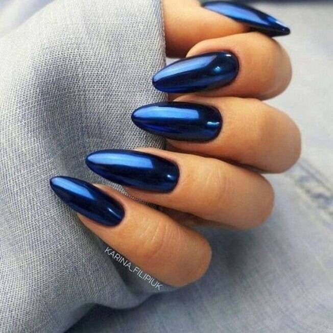 unhas azul