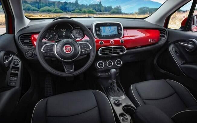 Fiat 500X 2019 é mais refinado em seu interior, que traz equipamentos de conectividade e outros acessórios