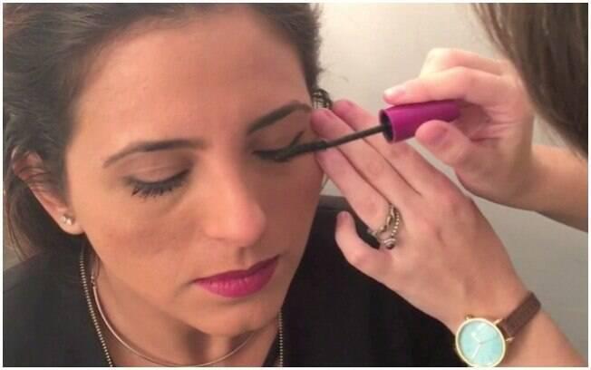 3º passo: maquiagem para levantar o olhar