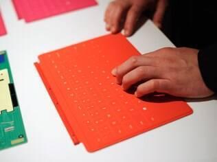 Capa que vira teclado é diferencial do Surface