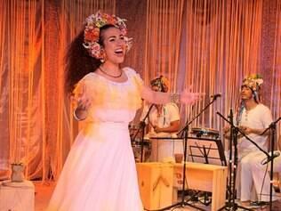 """""""Deixa Clarear"""".Clara Nunes é a grande homenageada no musical que será apresentado no Teatro do Sesi"""