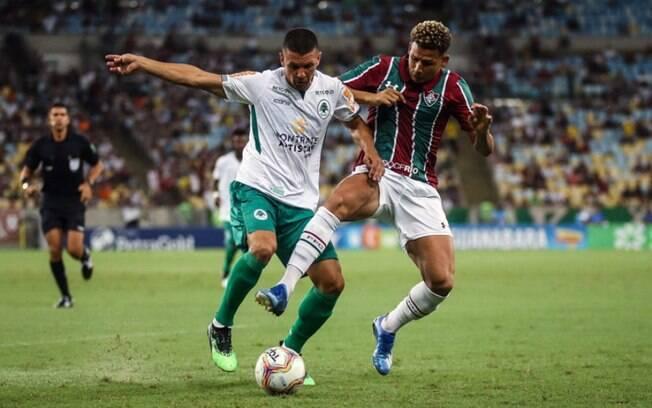 Desfalque do Fluminense por Covid-19, Felippe Cardoso já compartilhou vídeo 'antivacina'