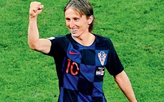 Favorito à Bola de Ouro, Modric foi eleito melhor jogador do ano pela IFFHS