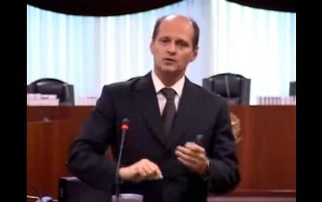 Entre os processos dos quais o desembargador Abel Gomes é relator estão os das Operações Calicute