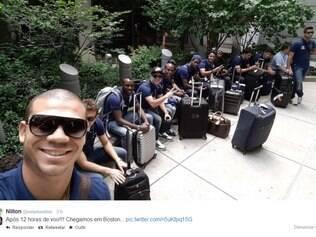 Volante cruzeirense posta foto da delegação no aeroporto de Boston, aguardando translado para o hotel