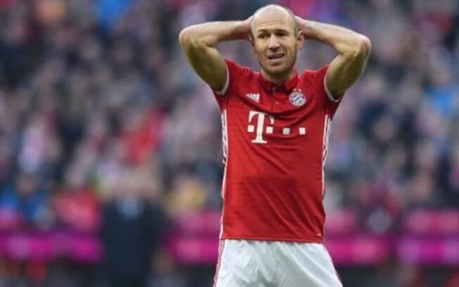 Arjen Robben é um dos jogadores que estão em fim de contrato na Europa