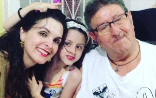 Luiza Ambiel lamenta a morte do pai