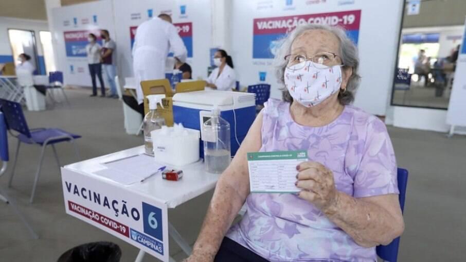 Campinas registrou queda nas mortes de idosos com mais de 80 anos.