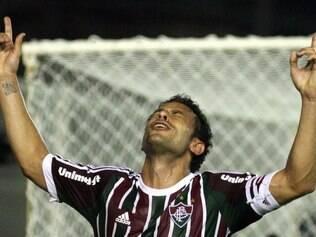 Fred agradece aos céus após primeiro gol na temporada