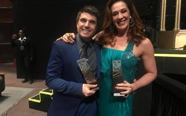 Jarbas Homem de Mello e Claudia Raia saíram vitoriosos do Prêmio Bibi Ferreira por sua atuação em