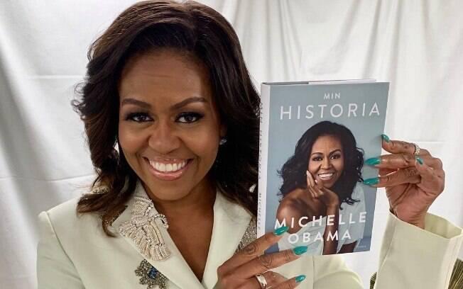 Livro de Michelle Obama ganhará narração de Maju Coutinho no Brasil, impulsionando audiolivros no país