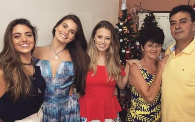 Morre o pai da atriz Camila Queiroz: