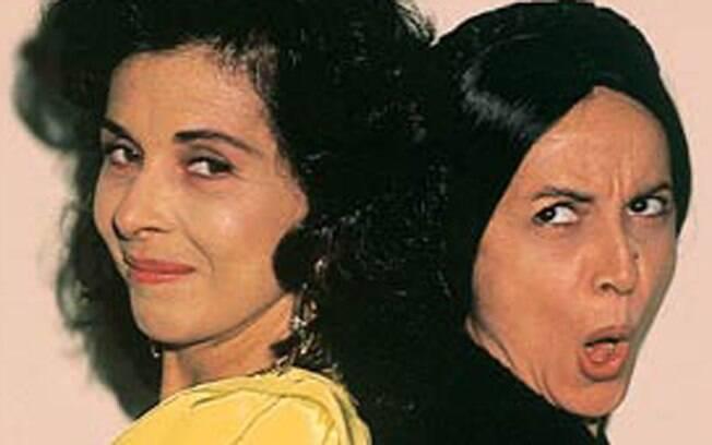 Tieta (Betty Faria) volta a Mangue Seco, desesperando sua invejosa irmã Perpétua (Joana Fomm), em