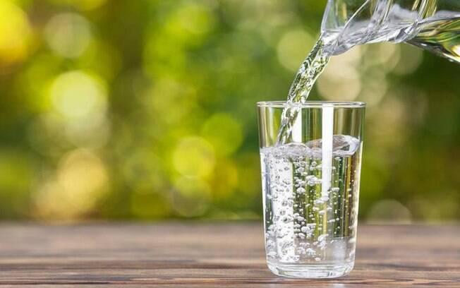 Conheça os benefícios da água solarizada