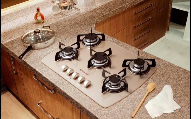 O tipo de fogão deve ser escolhido de acordo com o tamanho da cozinha e o perfil do dono