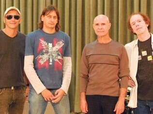 """Rock de Minas. O 14 Bis traz sua musicalidade para o """"Hypershow"""", que exibe espetáculo da banda mineira hoje, a partir das 16h"""
