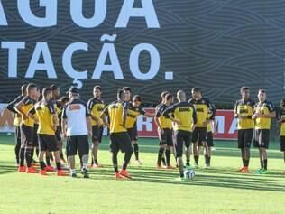 Jogadores do Atlético não precisarão dormir na Cidade do Galo como normalmente fazem antes dos jogos