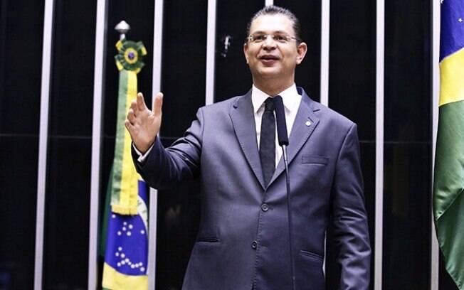 Deputado Federal Sóstenes Cavalcante é responsável por Projeto de Lei nº 2639/2019 sobre restrição de transexuais no esporte