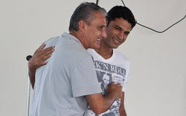 Tite e William Machado, que ficou 24 dias  como gerente de futebol do Corinthians em  fevereiro de 2011