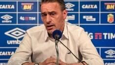Paulo Bento não resiste a nova derrota e é demitido do Cruzeiro
