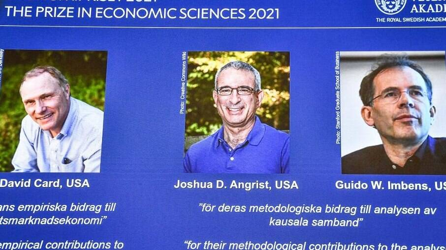 Aumento de salário mínimo e imigração não impactam empregos segundo estudo ganhador de Nobel