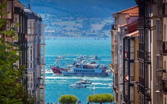 No meio da Calle Lope de Vega o turista fará uma imagem incrível de Santander