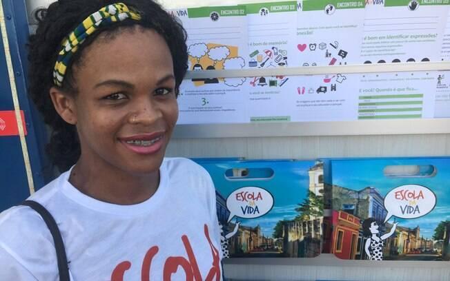 Gabrielly Marinho diz que projeto já ajudou a despertar a vontade de voltar aos estudos