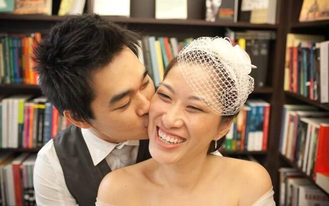 Dalton e Thais: envolvimento dos amigos e opções inteligentes tornaram o casamento econômico, sem perder a elegância