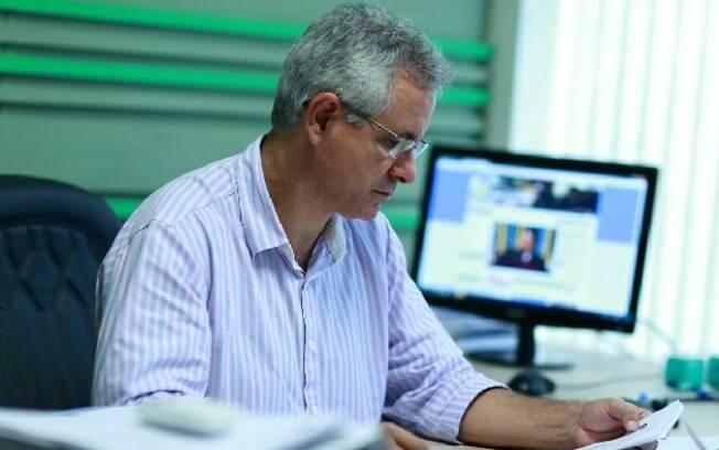 Vereador Sérgio Nogueira sugeriu que os gays fosses levados para uma ilha por 50 anos