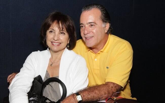 Tony Ramos e a mulher, Lidiane, no lançamento do CD de Geraldo Carneiro