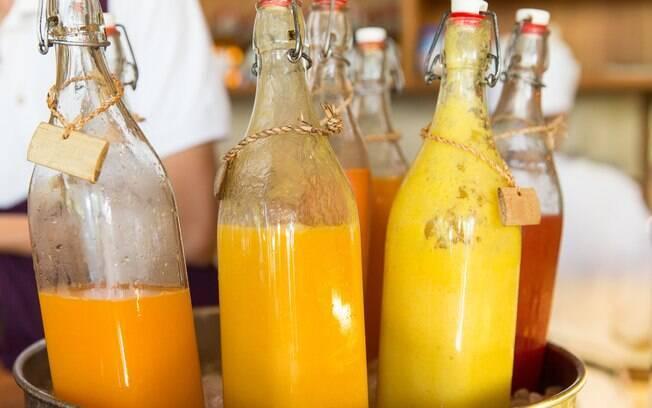Os sucos concentrados são mais pastosos e têm como característica serem produzidos a partir das frutas