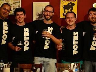 Amigos se juntam e criam cervejaria