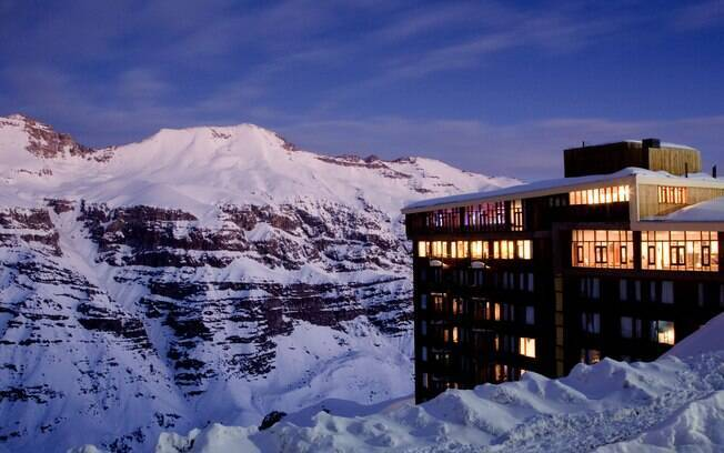 Vista do hotel Tres Puntas, que faz parte do resort do Valle Nevado