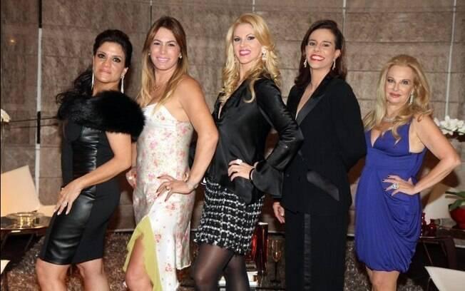 Lydia Sayeg, Débora Rodrigue, Val Marchiori, Narcisa Tamborideguy e Brunete Fraccaroli, do programa