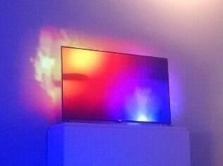 Ambilight: luzes de LED na traseira das TVs da Philips que ampliam a imagem