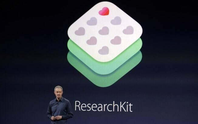 Vice-presidente de Operações da Apple, Jeff Williams fala sobre o ResearchKit durante um evento da Apple na segunda-feira 9 março