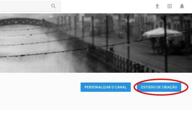 Na página inicial do seu canal do YouTube, clique em