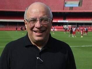 Ataíde Gil Guerreiro disse que prefere contratar um técnico que esteja sem clube