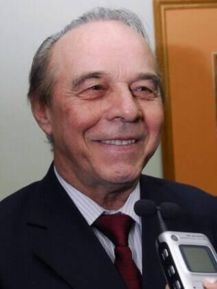 Evaldo Ulinski, diretor-presidente do frigorífico Big Frango e ex de Val Marchiori
