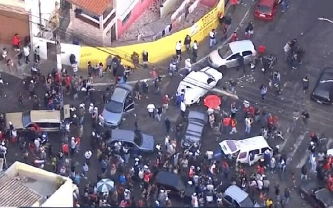 Governo do estado tem dificuldade em coibir aglomerações em SP