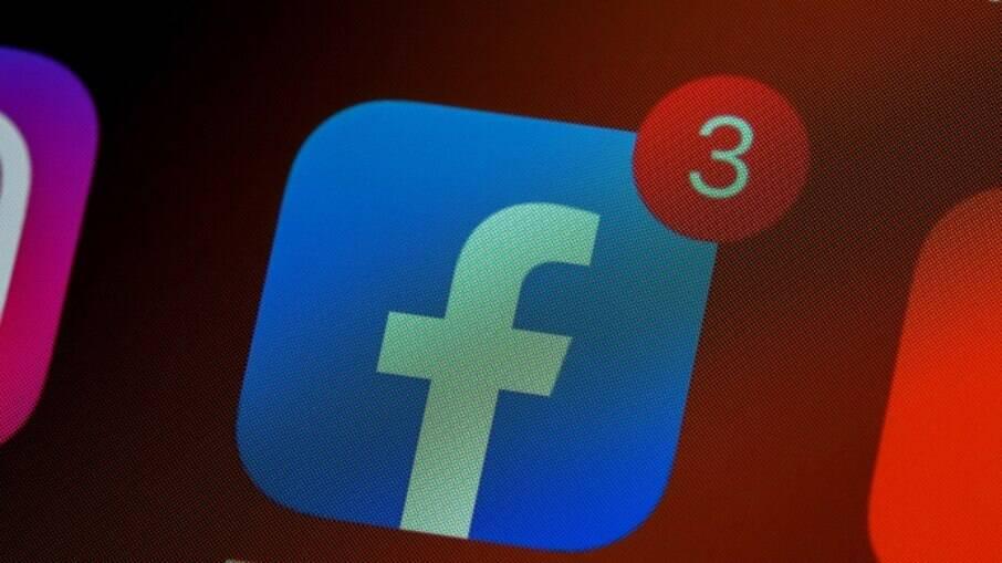 Facebook passa decisão para conselho