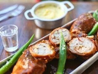 Especialmente para o Gastrô, o chef Jaime Solares criou um coelho ao molho pardo Inspirado em um clássico francês