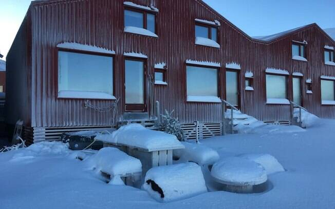 Das casas exóticas, esta é a mais recente, construída há apenas seis anos - e vai te proteger do frio norueguês